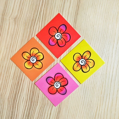 GIFT TAGS 6.5x6.5cm